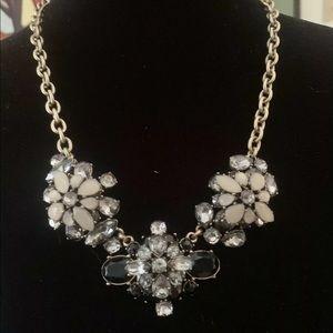 J. CREW Large BIB Gold Tone Necklace Clear & Black